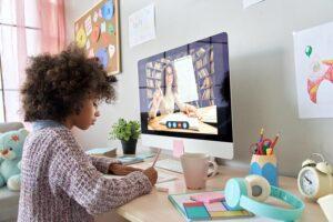 Lernen mit TV- und Internet-Angeboten